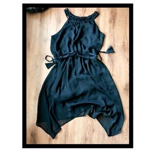 Large, 11/13 Sleeveless Chiffon Black Dress. NWOT